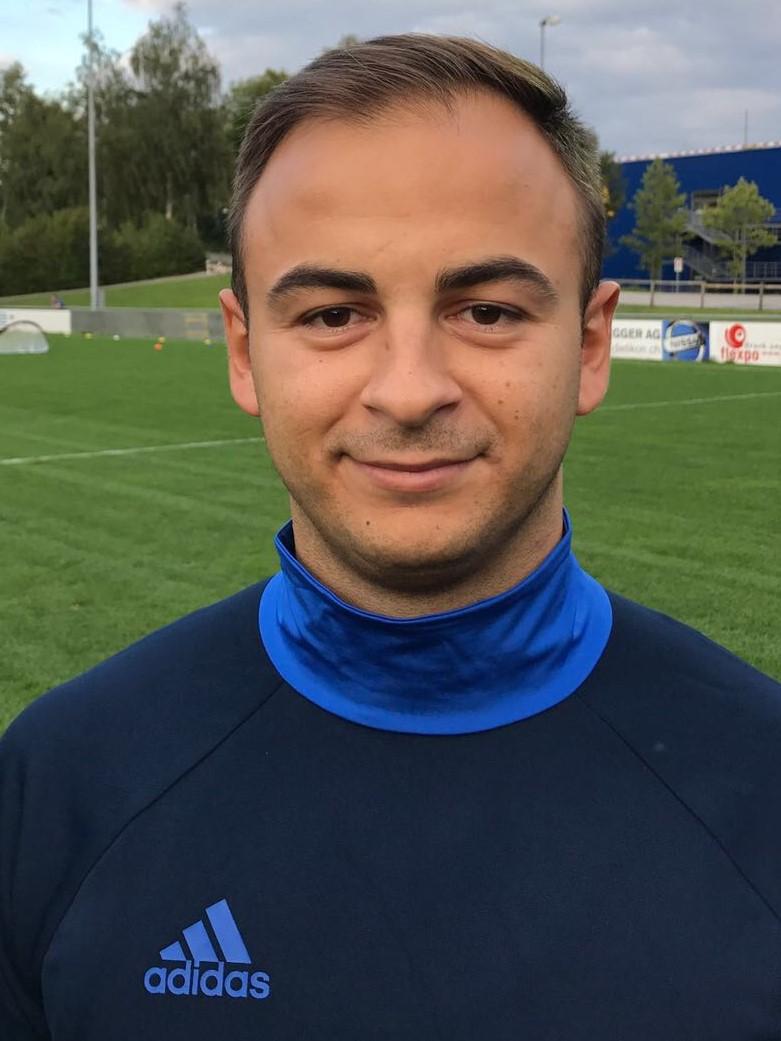 Arton Selmani